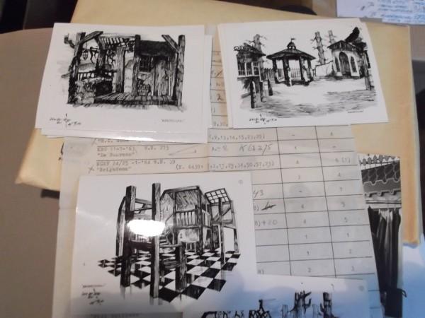 Mapje met foto's van schetsen van Hans Christiaan van Langeveld